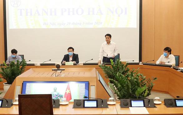 Chủ tịch Hà Nội cảnh báo những đám cháy nhỏ COVID-19 từ Bệnh viện Bạch Mai - Ảnh 1.