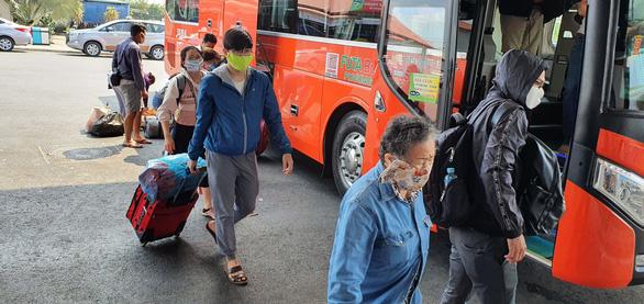 Cần Thơ tạm dừng vận tải hành khách đi TP.HCM vào 31-5 - Ảnh 1.