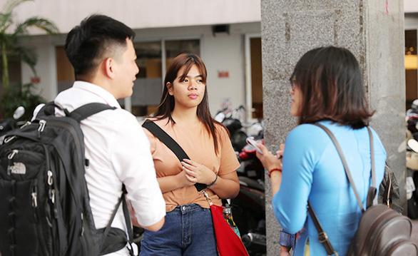 Sinh viên Duy Tân phòng chống dịch COVID-19 trong ngày đầu trở lại trường - Ảnh 11.