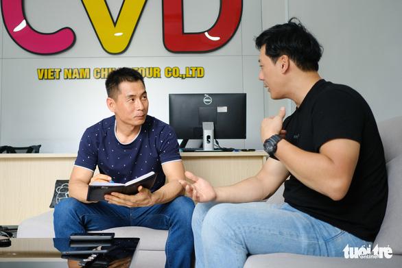 Người Hàn Quốc gia hạn visa để ở lại Việt Nam tránh dịch COVID-19 - Ảnh 1.