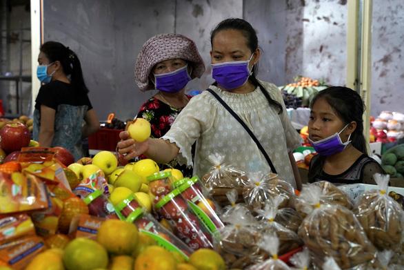 Mỹ viện trợ các nước chống dịch COVID-19, gồm cả Việt Nam - Ảnh 1.
