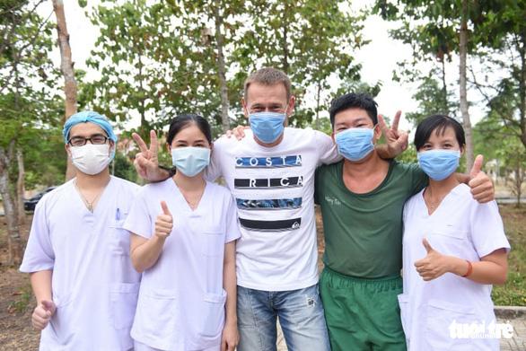 Cảm ơn Việt Nam, cảm ơn các bác sĩ - Ảnh 1.