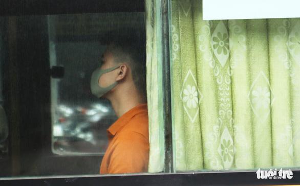 Xe buýt ở Nghệ An vẫn chạy dù có yêu cầu tạm dừng đã 3 ngày - Ảnh 6.