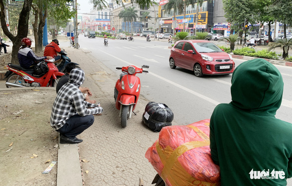 Xe buýt ở Nghệ An vẫn chạy dù có yêu cầu tạm dừng đã 3 ngày - Ảnh 3.