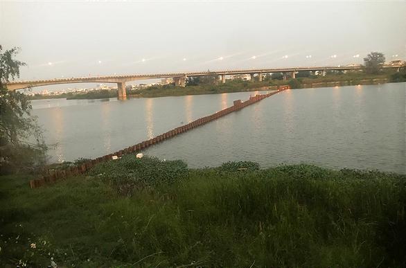 Hai thủy điện Quảng Nam xả nước trong 15 ngày tới cứu lúa, đẩy mặn - Ảnh 1.