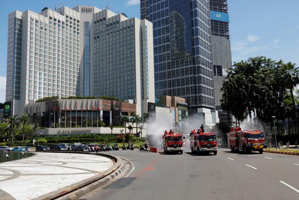 Dịch COVID-19 tối 31-3: Indonesia tuyên bố tình trạng khẩn cấp quốc gia - Ảnh 2.