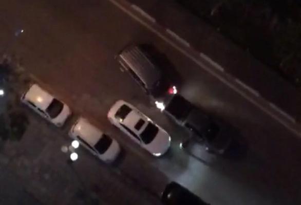 Điều tra nghi án nổ súng ở Hà Đông khiến 1 người bị thương - Ảnh 2.