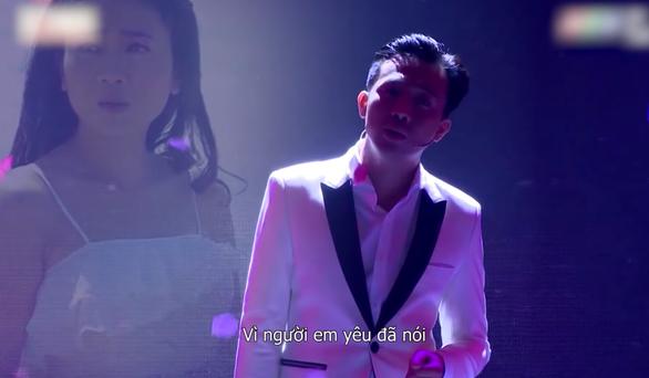 Trấn Thành hát Cánh hồng phai tưởng nhớ Mai Phương - Ảnh 2.