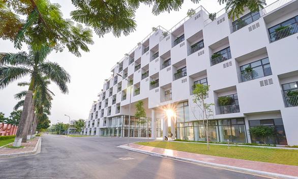 Đại học FPT dành hơn 80 tỉ đồng hỗ trợ sinh viên trong dịch COVID-19 - Ảnh 1.