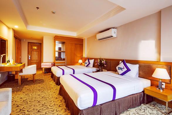 Khách sạn đầu tiên ở TP.HCM thành nơi lưu trú miễn phí cho bác sĩ chống dịch - Ảnh 2.