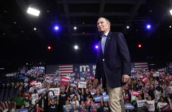 Tỉ phú Michael Bloomberg bỏ mộng tổng thống sau khi chi nửa tỉ USD tranh cử - Ảnh 1.