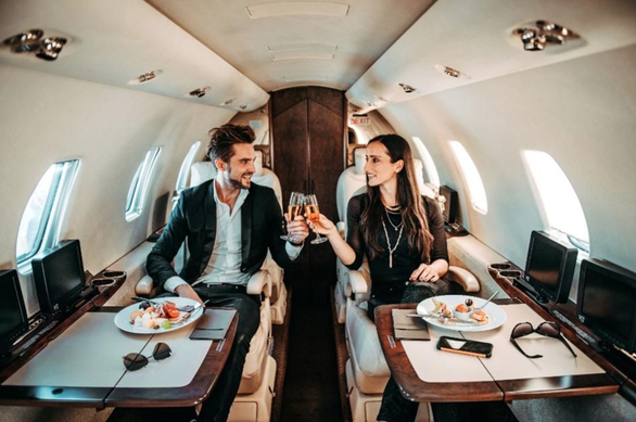 Mỹ là nơi sản xuất nhiều người siêu giàu nhất năm 2019 - Ảnh 1.