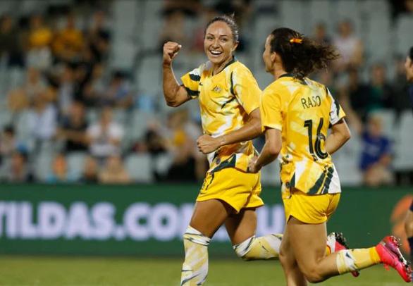 Tuyển nữ Úc ngán COVID-19 chứ không ngán tuyển nữ Việt Nam - Ảnh 1.