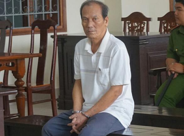 Người đàn ông 78 tuổi nhiều lần hiếp dâm bé gái 6 tuổi - Ảnh 1.