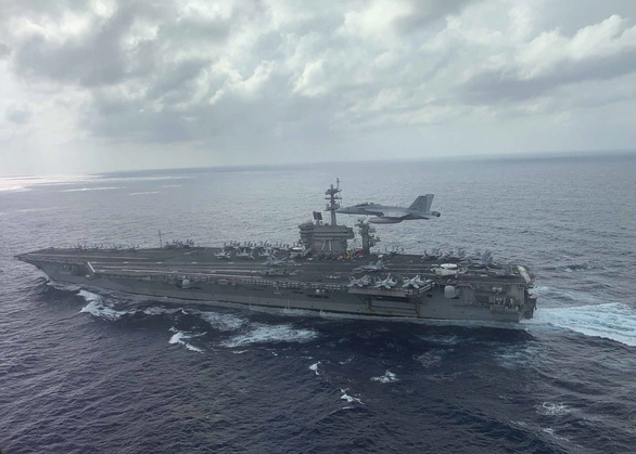 USS Theodore Roosevelt ghé Đà Nẵng là chuyến thăm thông thường của tàu Mỹ - Ảnh 1.