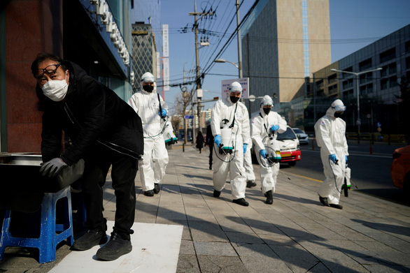 Dịch COVID-19 ngày 6-3: Iran thêm 17 người chết trong một ngày, Vatican có ca nhiễm đầu tiên - Ảnh 2.