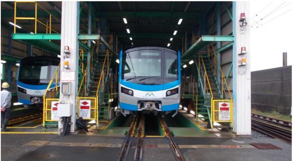 Hai đoàn tàu metro từ Nhật Bản sắp được chuyển về TP.HCM - Ảnh 1.