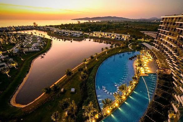 Mövenpick Resort Waverly Phú Quốc chính thức mở cửa đón khách - Ảnh 1.