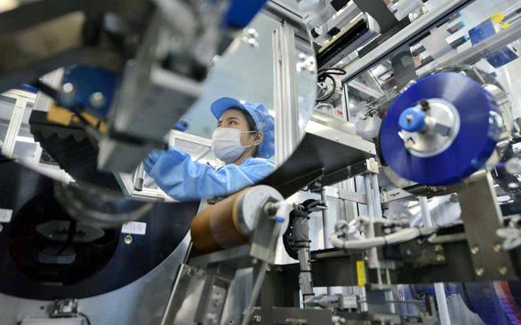 Cả thế giới chờ Trung Quốc khôi phục sản xuất - Ảnh 1.