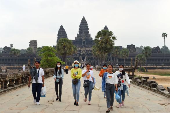 Có công dân đầu tiên nhiễm COVID-19, Campuchia dừng hoạt động mừng năm mới tại Siem Reap - Ảnh 1.