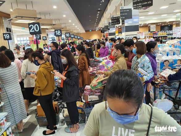 Bộ Công thương: hàng hóa, thực phẩm ở Hà Nội không thiếu - Ảnh 1.