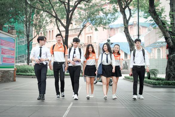 Học trường Việt Giao và cơ hội lập nghiệp đối với nhóm ngành dịch vụ - Ảnh 1.