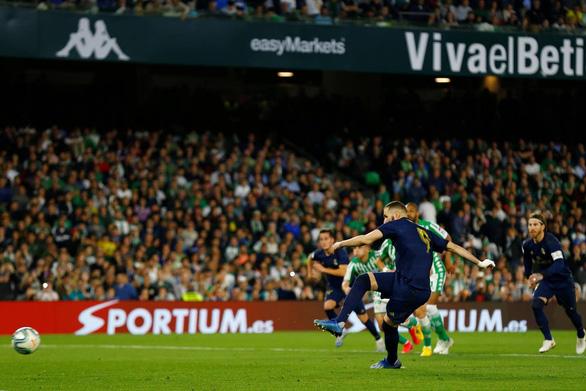 Sẩy chân trước Betis, Real Madrid mất cơ hội lấy lại ngôi đầu La Liga - Ảnh 3.