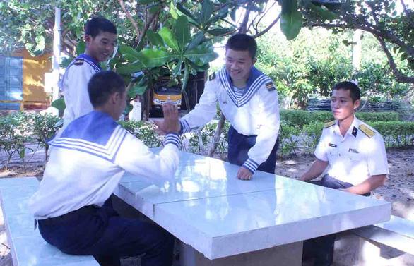 Tổ tư vấn tâm lý quân nhân ở Trường Sa - Ảnh 1.