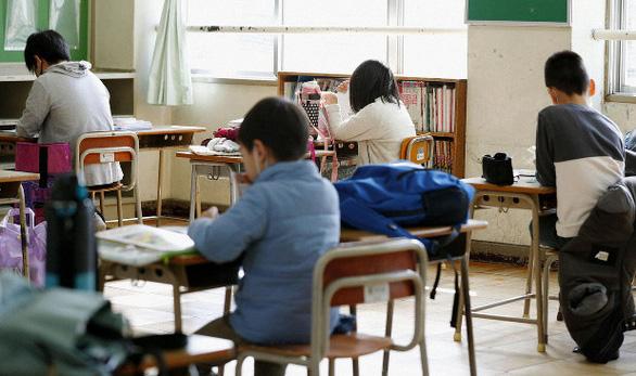 Nhiều trường học Nhật cho phép học sinh dùng lớp học sau khi buộc phải đóng cửa - Ảnh 1.
