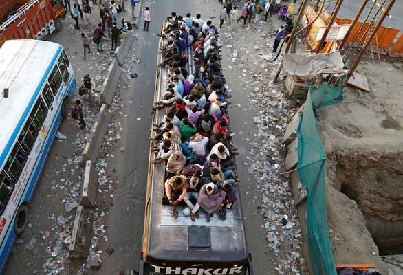 Hàng trăm triệu dân nghèo Ấn Độ sợ đói hơn sợ virus corona - Ảnh 4.