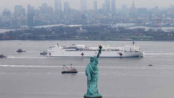 Thống đốc bang kêu gọi Hãy đến cứu New York - Ảnh 1.