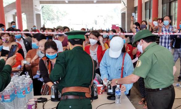 Người chết sau khi nhập cảnh tại Quảng Bình do sốc nhiễm trùng, âm tính COVID-19 - Ảnh 1.