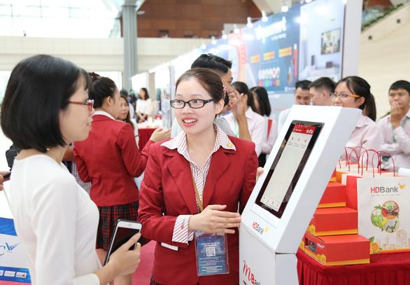 HDBank đón đầu xu hướng mua sắm online trong mùa dịch bệnh - Ảnh 1.