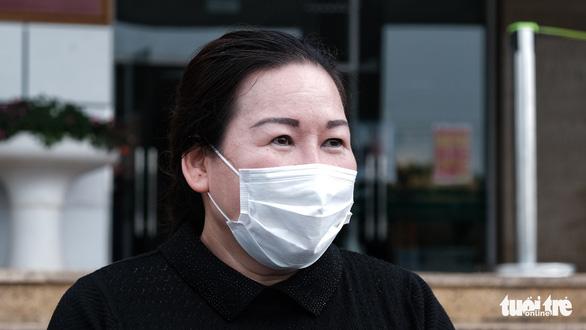 Nữ điều dưỡng đầu tiên nhiễm COVID-19: Mong trở lại bệnh viện tiếp tục làm việc - Ảnh 1.