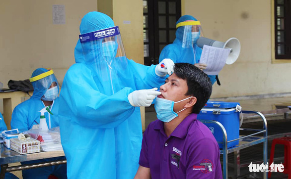Hơn 700 người từ Bạch Mai về Nghệ An đều âm tính COVID-19 - Ảnh 1.