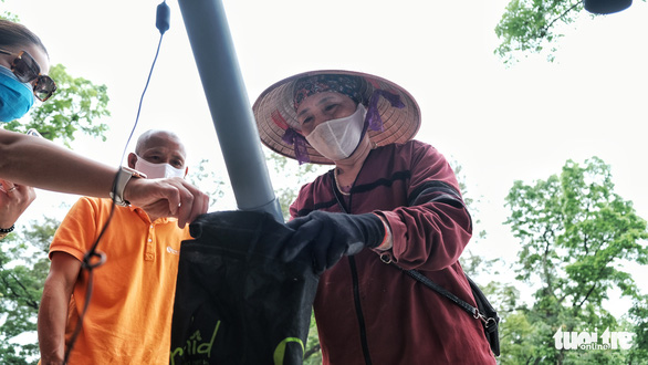 Cây ATM gạo đã có mặt ở Hà Nội - Ảnh 5.
