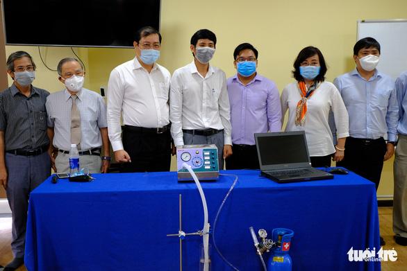 Đà Nẵng hỗ trợ ĐH Duy Tân chế tạo máy thở - Ảnh 2.