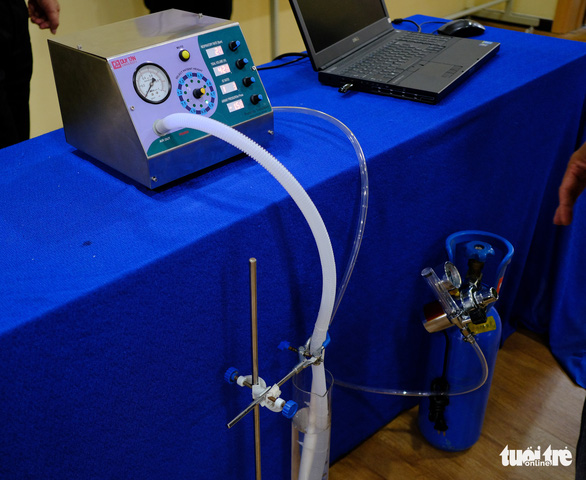Đà Nẵng hỗ trợ ĐH Duy Tân chế tạo máy thở - Ảnh 3.