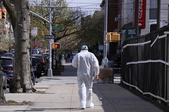 Vì sao New York có quá nhiều người chết vì COVID-19? - Ảnh 1.