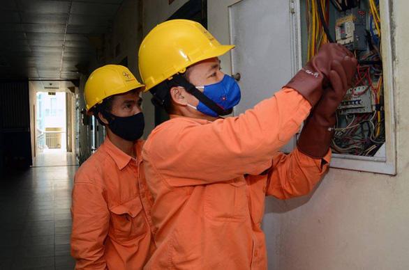 Bộ Công thương sẽ trình sửa biểu giá bán lẻ điện vào cuối năm - Ảnh 1.