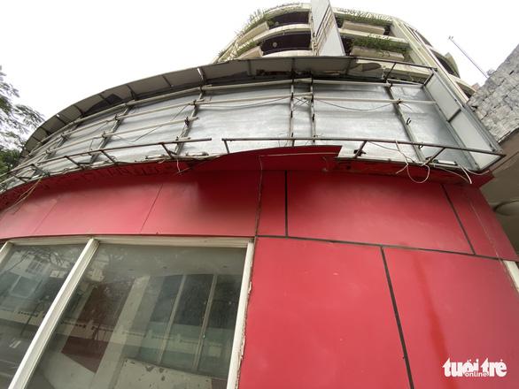 Cận cảnh lô đất vàng ở Hà Nội khiến cán bộ ngành đường sắt bị đề nghị xử lý - Ảnh 2.