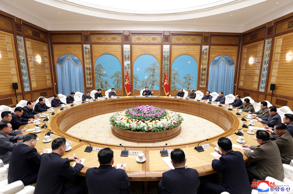 Triều Tiên vẫn họp quốc hội trong bối cảnh dịch COVID-19 - Ảnh 2.