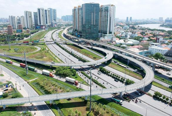 Cú hích từ hạ tầng tiếp tục tạo sóng cho bất động sản - Ảnh 1.