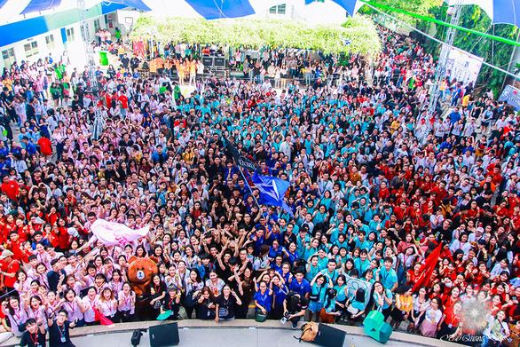 Đại học Văn Lang tổ chức ngày hội Tư vấn tuyển sinh online 2020 - Ảnh 3.