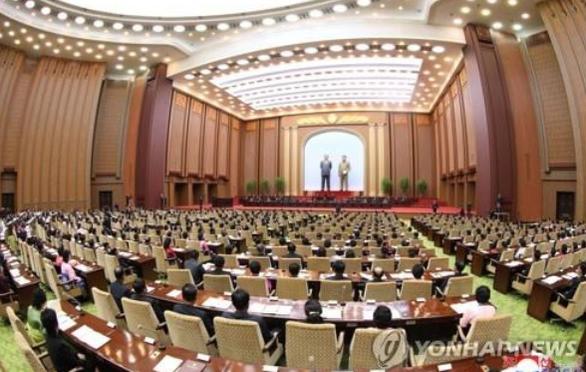 Triều Tiên vẫn họp quốc hội trong bối cảnh dịch COVID-19 - Ảnh 1.