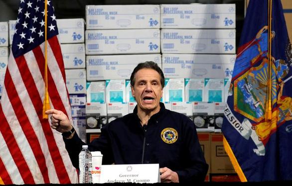 Ông Trump muốn mở cửa kinh tế, thống đốc New York nói chưa chắc - Ảnh 1.