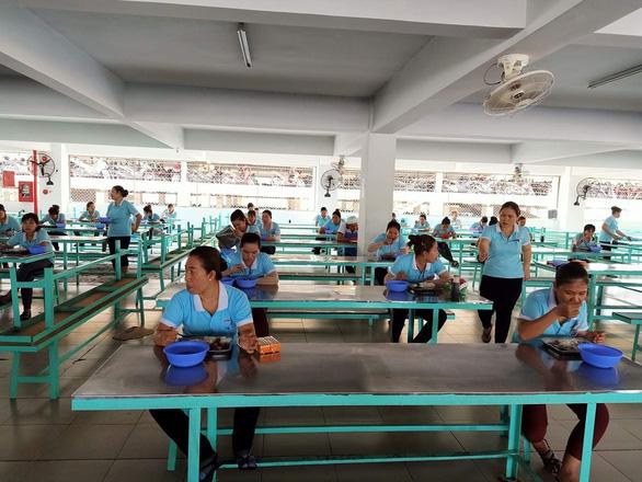 Giám đốc ILO Việt Nam chỉ cách giữ việc làm cho người lao động - Ảnh 2.