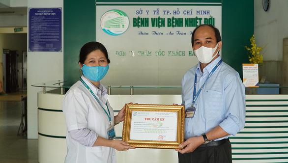 Diana Unicharm ủng hộ 4,3 tỉ đồng phòng chống dịch COVID-19 - Ảnh 2.