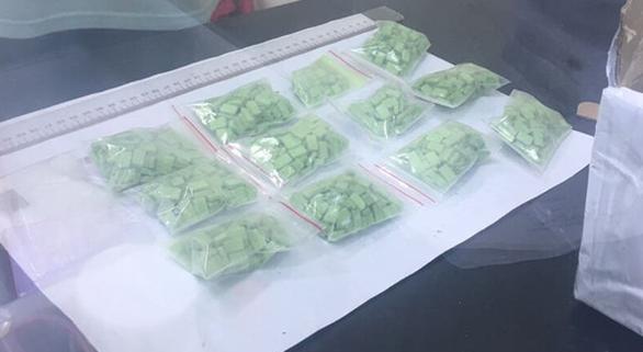 Bắt 6 người trong băng ma túy, thu hơn 10kg hàng đá - Ảnh 5.
