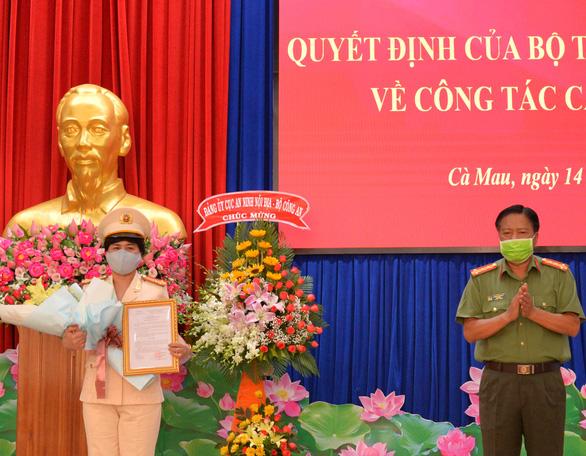 Công an tỉnh Cà Mau có nữ phó giám đốc đầu tiên - Ảnh 1.